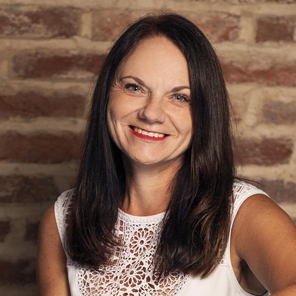Eva Gmentová, British Institute of Management
